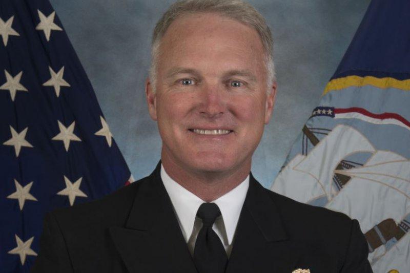 美國海軍水面艦艇(US Navy's Surface Forces)司令、海軍中將湯姆・羅登(Tom Rowden)。(美國海軍圖片)