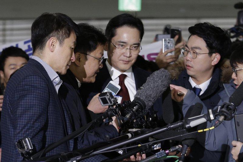 南韓特別檢察組對三星電子副會長李在鎔提出逮捕令。(AP)