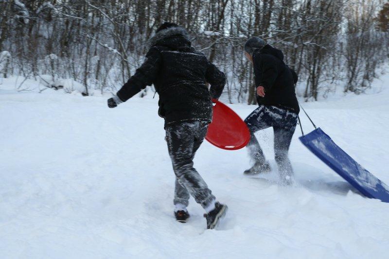 光是2015年,來到北歐瑞典及挪威尋求庇護的難民孩童裡,其中2成沒有大人陪伴(AP)