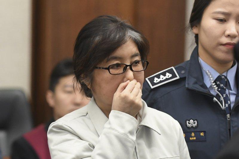 南韓「親信門」的主角,朴槿惠的摯友崔順實。(美聯社)