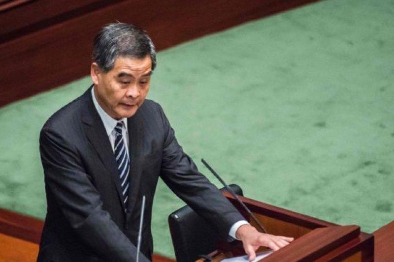 香港特首梁振英發表最後一份施政報告。(BBC中文網)