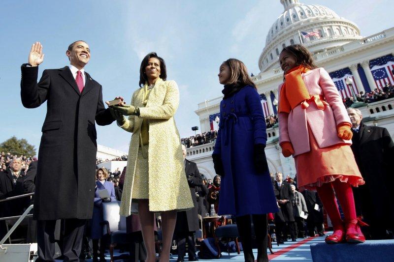 歐巴馬在2009年宣誓就職(AP)