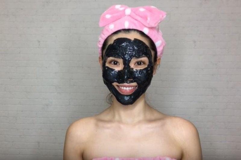 粉刺不是把除去就好,要好好理解它的成因。(翻攝自youtube)