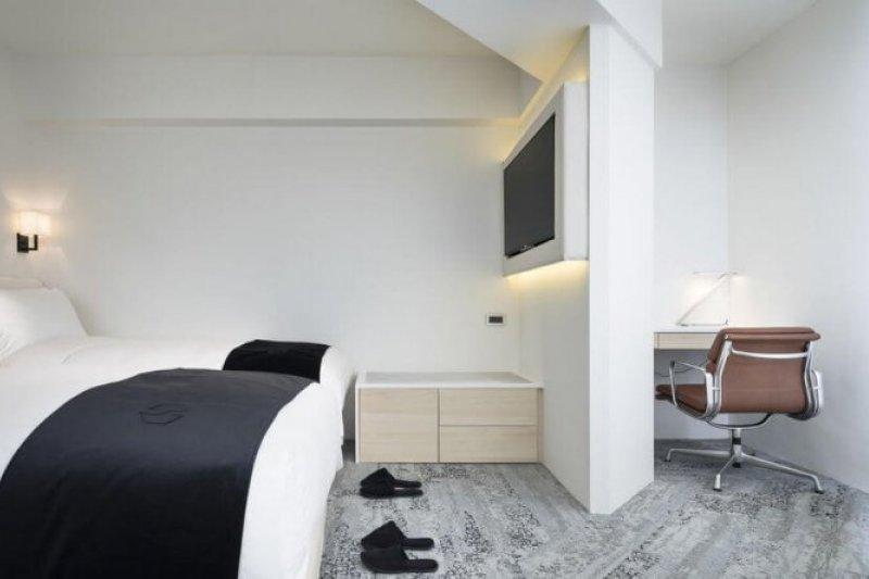 台北的幾間設計旅店都獨具特色,簡潔裝潢讓住進去的房客身心舒暢。(圖/HotelsCombined提供)