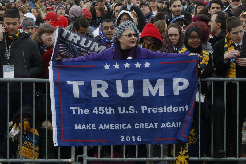 參加美國總統就職典禮的川普支持者。(美聯社)