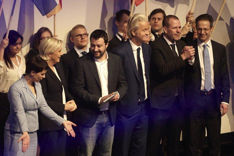 德國、法國、荷蘭及其他歐洲國家的右派政黨領導人齊聚德國科布倫茲國會大廳歡慶川普當選。(AP)