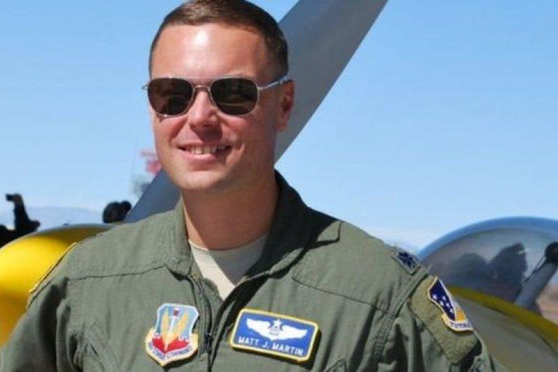 馬丁中校說無人機飛行員有「超現實」的生活。(BBC中文網)