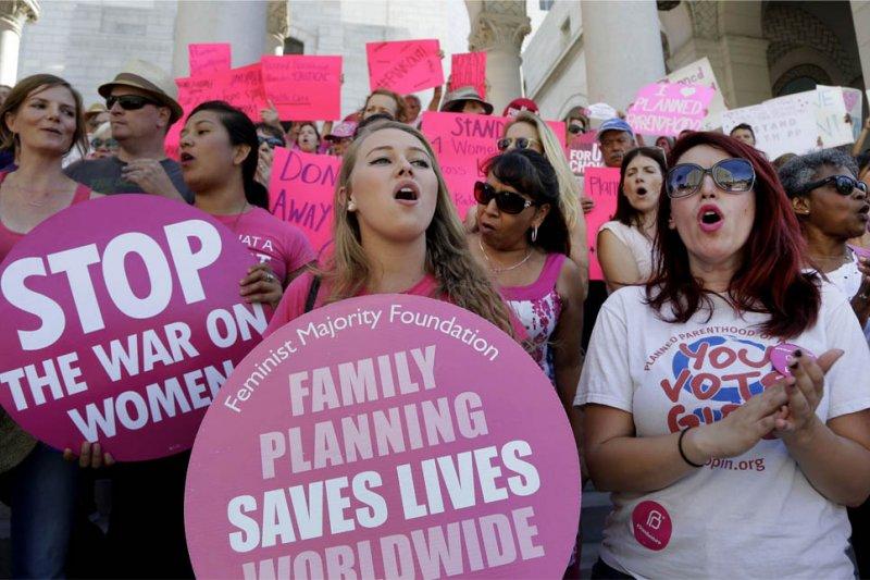 支持墮胎權的美國女性在舊金山聲援美國計劃生育聯盟(AP)