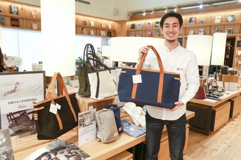 2012年他拿出50萬円積蓄,毅然跨出創業第一步。(圖/賀大新攝,數位時代提供)