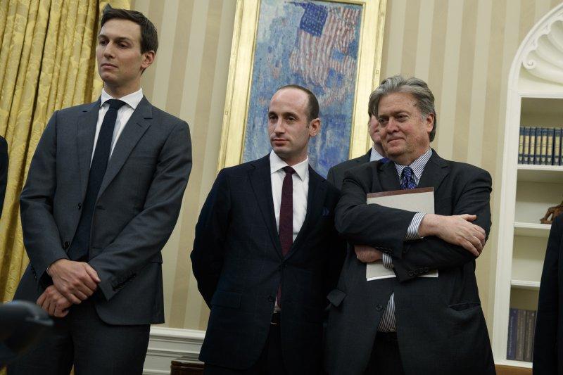 川普新政府,左起:川普女婿庫許納、白宮政策顧問米勒、白宮策略長巴農(AP)