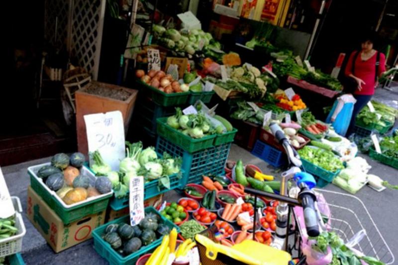 按台灣的人均收入,這裡的物價要比大陸便宜。(胡發雲提供)