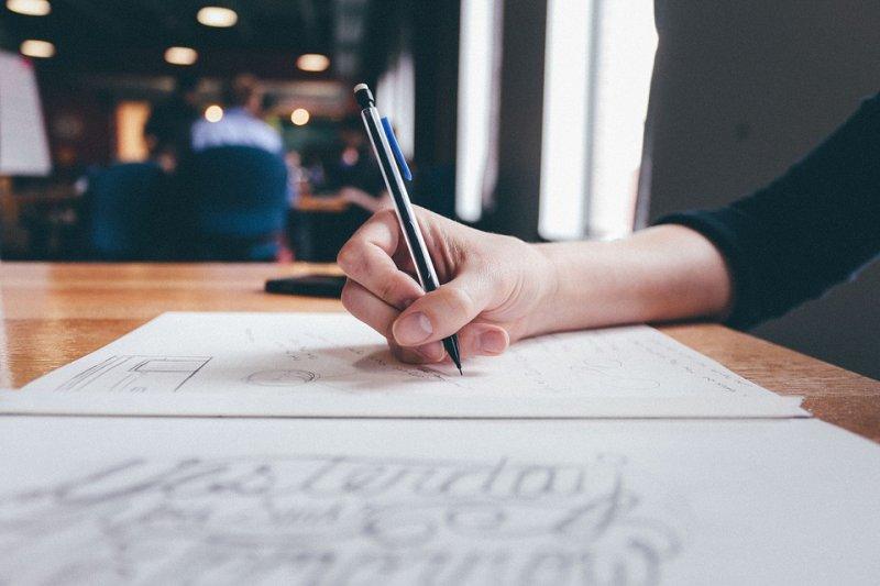 列出長長的待辦清單後,你真的有全部完成嗎?(圖/Pixabay)