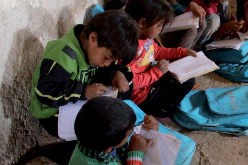 國際社會對難民態度漸趨強硬,讓難民兒童的處境雪上加霜。(翻攝UNICEF年度報告)
