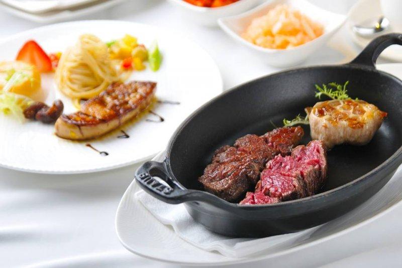 這些頂級餐廳適合特別節日和情人一起去享受一下。(圖/犇鐵板燒臉書粉絲團)