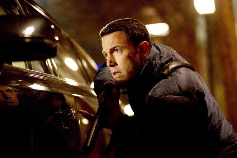 班.艾佛列克在《會計師》飾演一名數學天才,為犯罪組織工作的自由會計師,在某次機緣巧合下查出假帳(圖/The Accountant Movie@facebook)