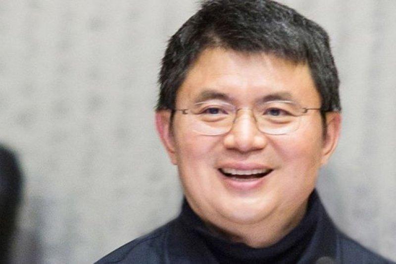 外界關注肖建華與中國高層的關係以及他名下公司的業務。(BBC中文網)
