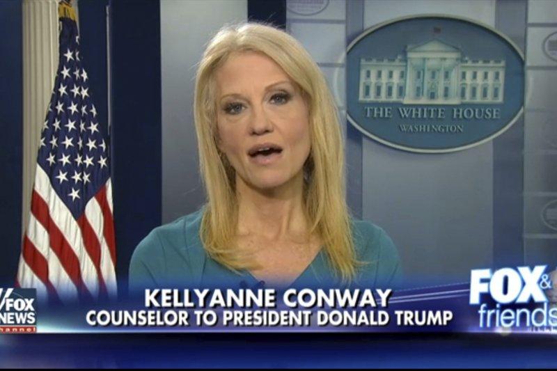 美國總統川普顧問康威公然在電視上幫總統女兒推銷(AP)