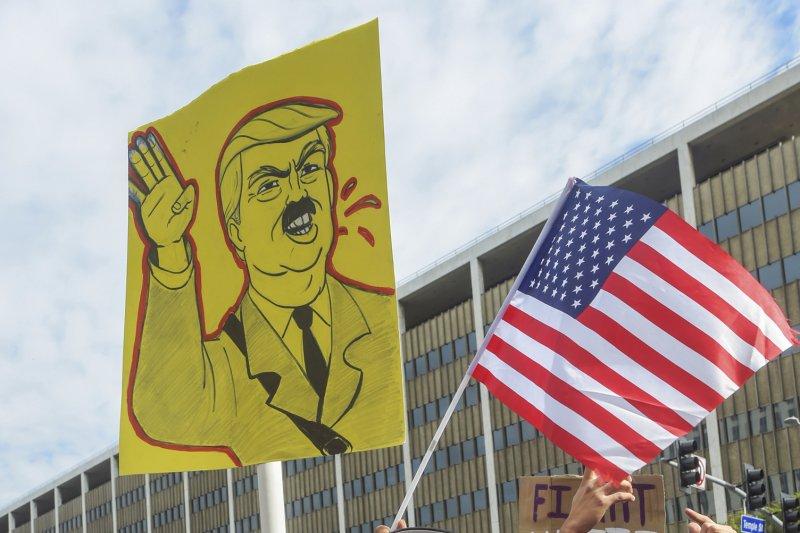 美國總統川普針對穆斯林頒布入境禁令,引發國內外強烈抗議(AP)