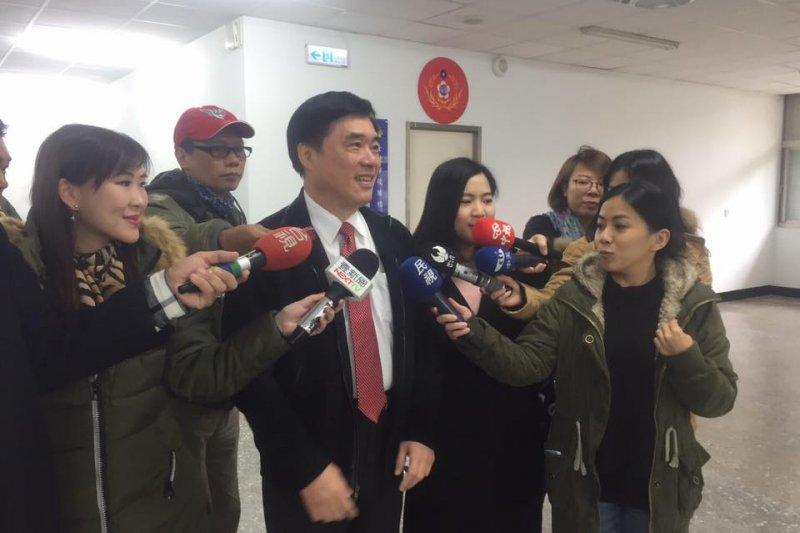 郝龍斌表示,未來徐巧芯將以「兼任」的方式,出任郝龍斌黨主席競選辦公室言人一職。(取自郝龍斌臉書)