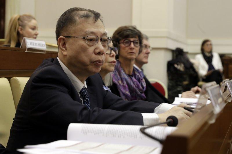 梵蒂岡宗座科學院舉辦「器官販賣和器官移植旅遊」會議,中國人體器官捐獻與移植委員會主任委員黃潔夫與會(AP)