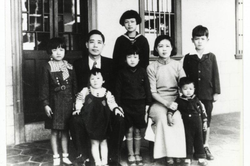 9-3-8陳炘家庭照 陳炘(1893-1947)為美國哥倫比亞大學經濟學碩士、大公企業董事長(謝綺蘭 提供)