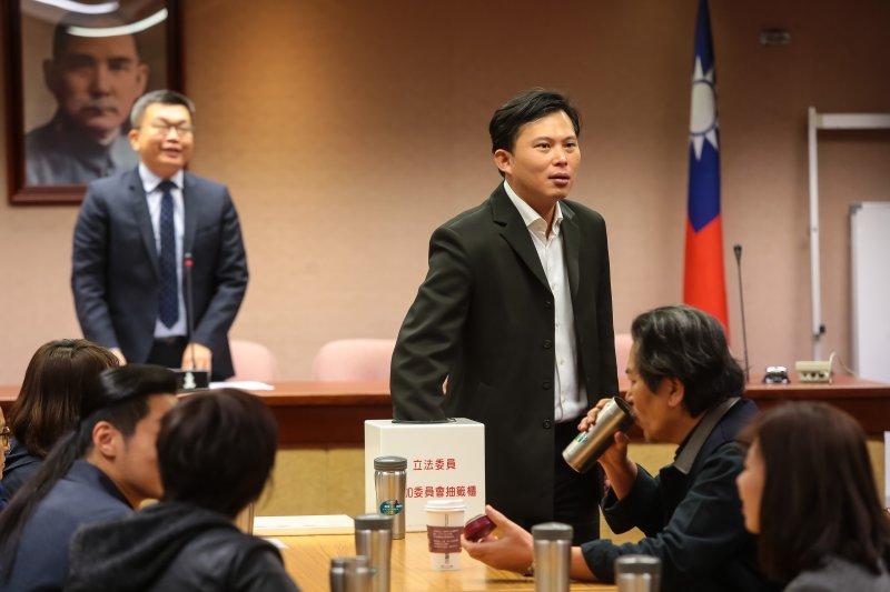 20170218-時代力量立委黃國昌18日出席少數黨團委員委員會抽籤。(顏麟宇攝)