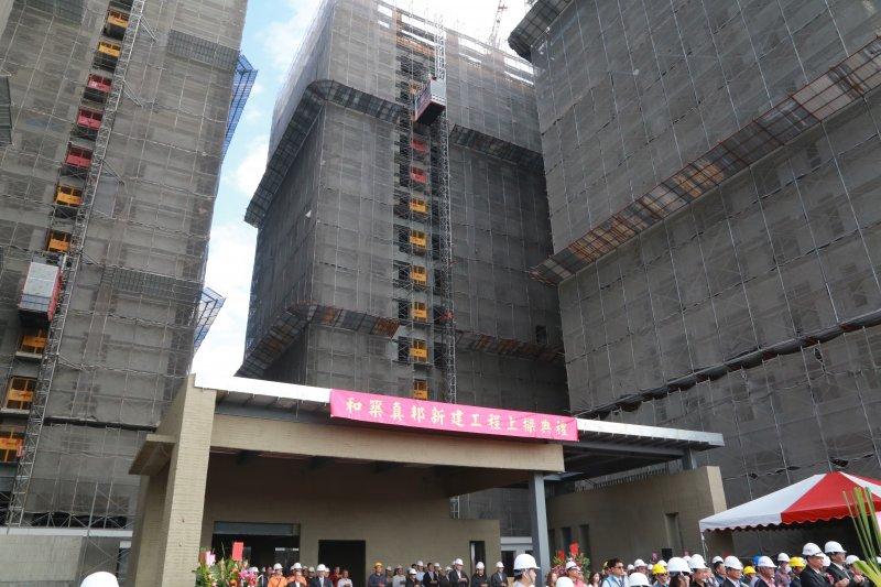 富立建設股份有限公司照顧住宅工程自104年8月動工,結構體已接近完成。(台南市政府提供)