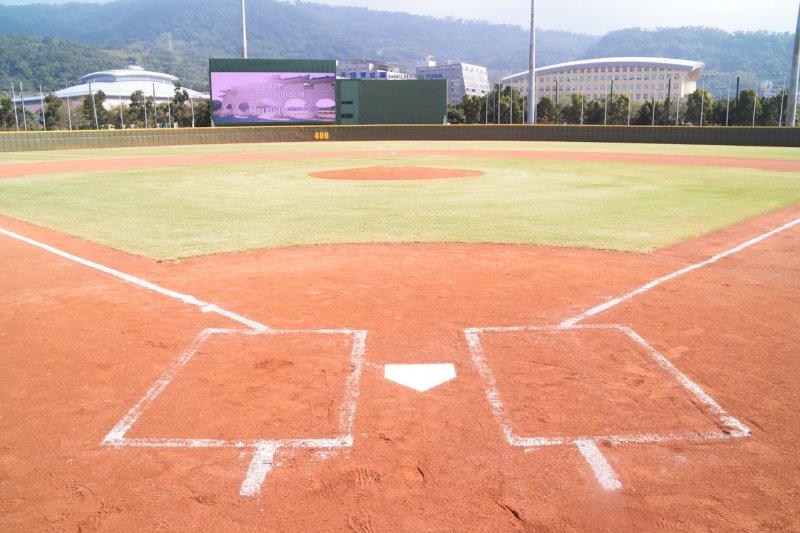 天母棒球場將在明年上半年重新整修,台北市體育局長李再立也表示,期望天母能成為味全龍的主場。(資料照,台北市政府提供)