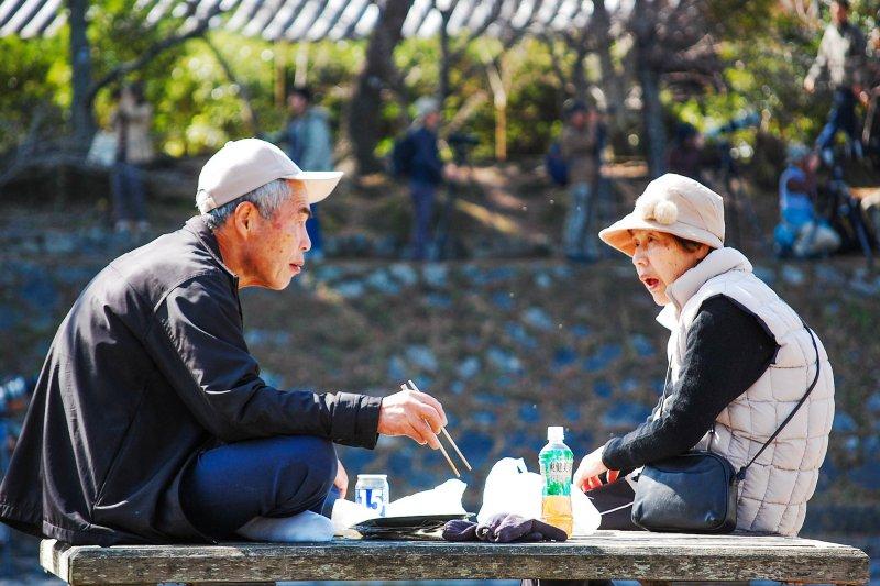 日本男人一直將公司、工作擺第一,遠高於另一半和家人。(示意圖非故事主角/Ikusuki@flickr)