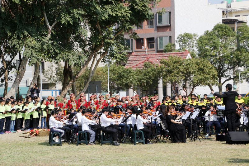 2017-02-28-台南市安平區二二八紀念公園舉行和平追思會-賴清德出席06-台南市政府提供