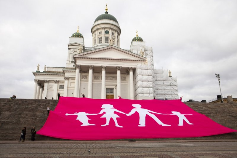 芬蘭反同婚組織「真實婚姻」(Aito avioliitto)提出請願,試圖阻擋同婚合法生效(翻攝Aito avioliitto)