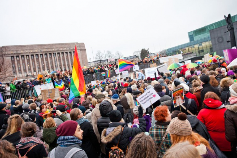 芬蘭同性婚姻法在3月1日正式生效(翻攝Twitter)