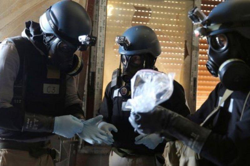 使用化學武器將會造成極其痛苦的死亡,面對外界對《振興國防產業條例》中「光與化學武器」是武器的質疑,國防部表示,只是防禦型的化學武器。(美聯社)