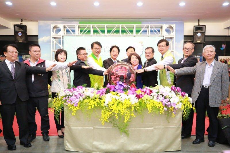 蘭展記者會上啟動儀式(取自台南市政府新聞及國際關係處)