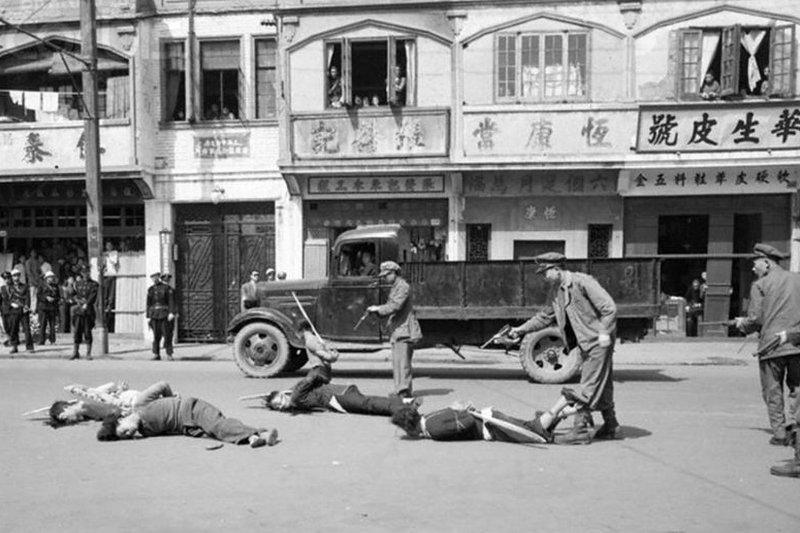 蔡其昌紀念二二八貼文卻誤植成國共內戰時期的照片,該照片已被下架。(取自newbloom)