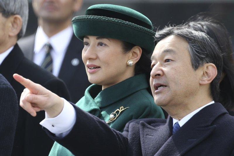 日本皇太子德仁親王與皇太子妃雅子,攝於2017年2月(AP)