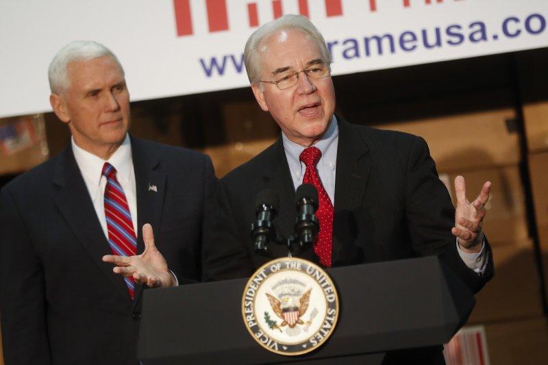 共和黨發表取代歐巴馬健保的最新提案,左為副總統彭斯,右為衛生部長普萊斯。(AP)