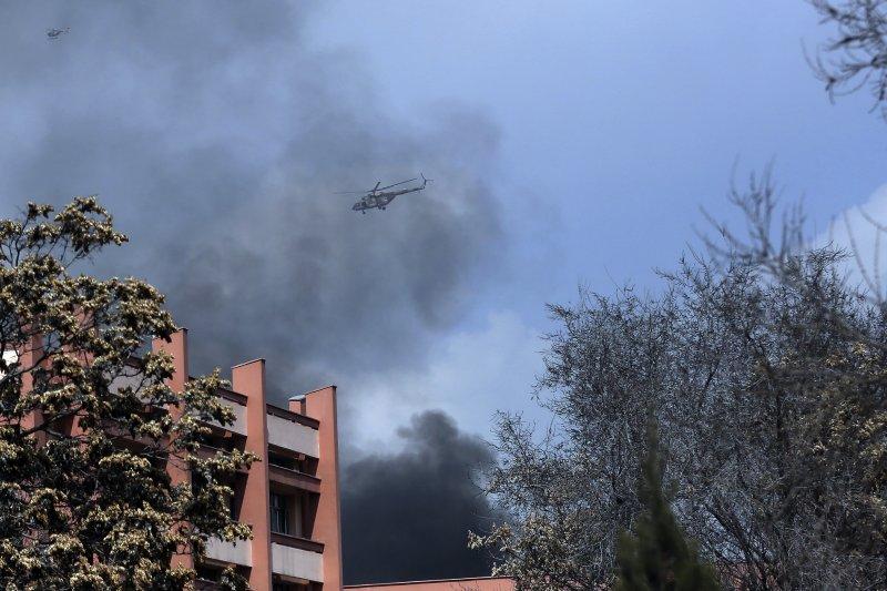 阿富汗首都最大的軍醫院「薩達爾達烏德汗」軍醫院8日驚傳遭到恐怖分子攻擊。(美聯社)