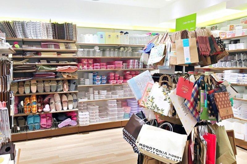 玲瑯滿目的日本雜貨店,有什麼必買呢?(圖/matcha提供)