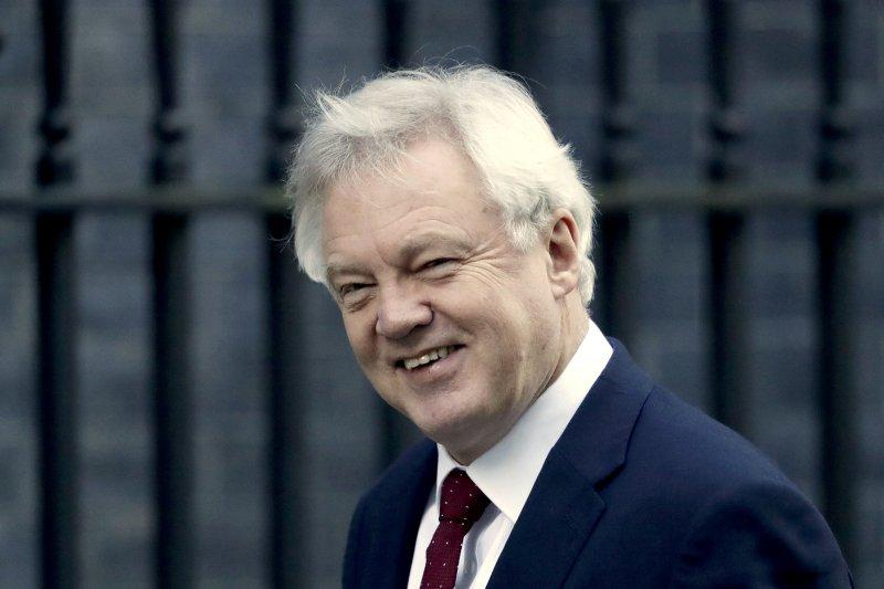 英國「脫歐」事務大臣戴維斯(David Davis)(AP)