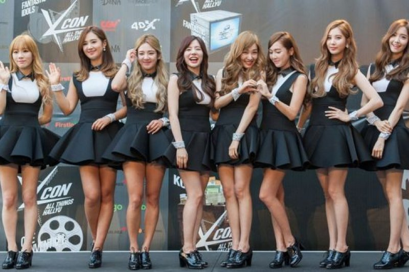 限韓令下,又一得罪中國網民的是韓國人氣團體少女時代成員。(BBC中文網)