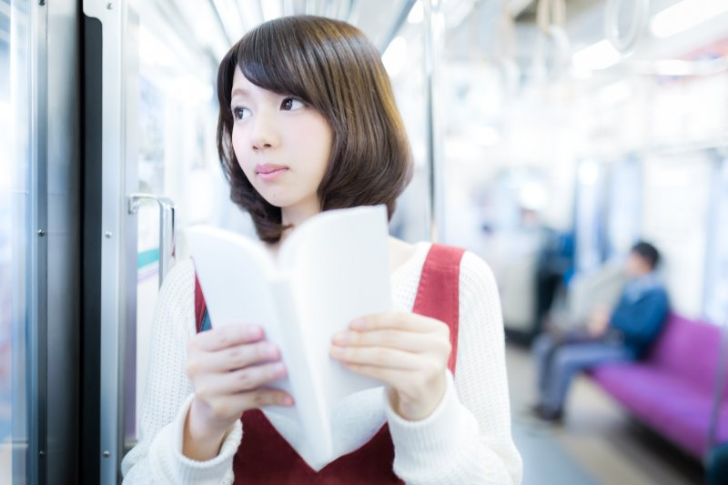 知識就是力量,閱讀很重要,但你知道要怎麼讀才可以離成功近一些嗎?(圖/すしぱく@pakutaso)