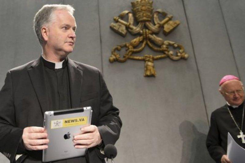 主教保羅・泰伊表示,教會在網絡時代也要與時並進,改變與外界接觸的方法。(BBC中文網)