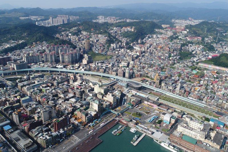 總統蔡英文宣布打造基隆到南港輕軌照十二(圖由基隆市政府提供)