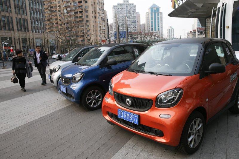 中國2017年汽車銷量合計2887.89萬輛,年增率3.04%。(資料照,新華社)