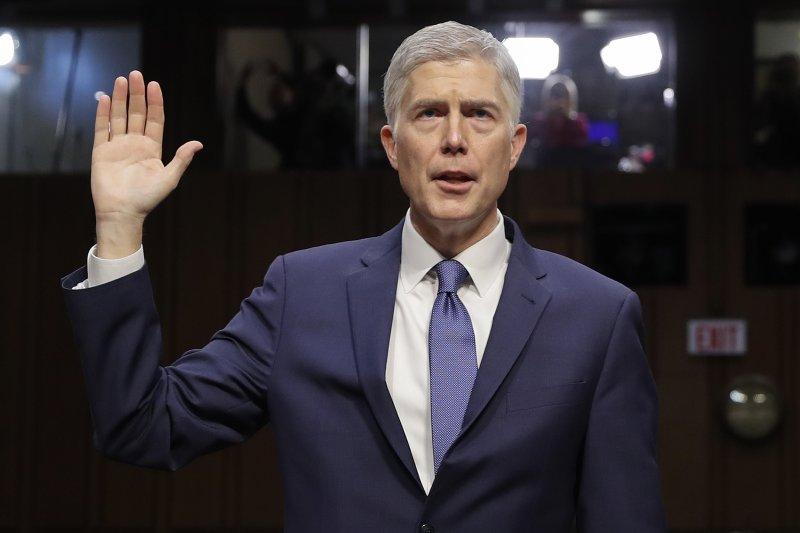 川普提名葛薩奇出任大法官,聯邦參議院舉行聽證會(AP)