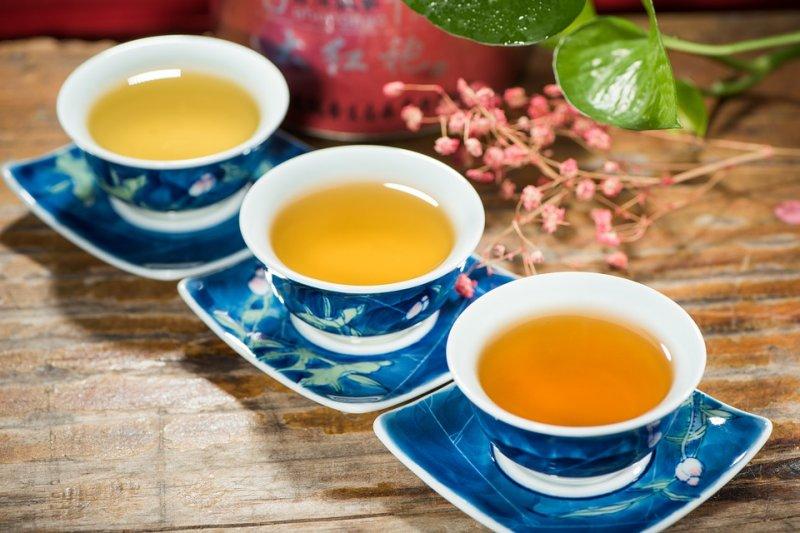 從紅酒的標準規範見證普洱茶在生產、倉儲、交易的標準化認證。(圖/4537668@pixabay)