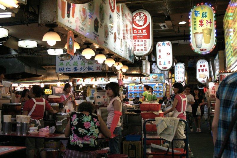 為何台灣人的腔調,對岸人民聽到總會覺得「好嗲、好可愛」?(圖/Yukiko Yamamoto@Flickr)