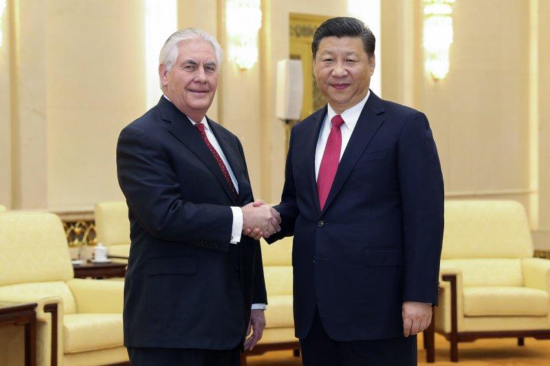 美國國務卿提勒森與中國國家主席習近平19日會面(AP)