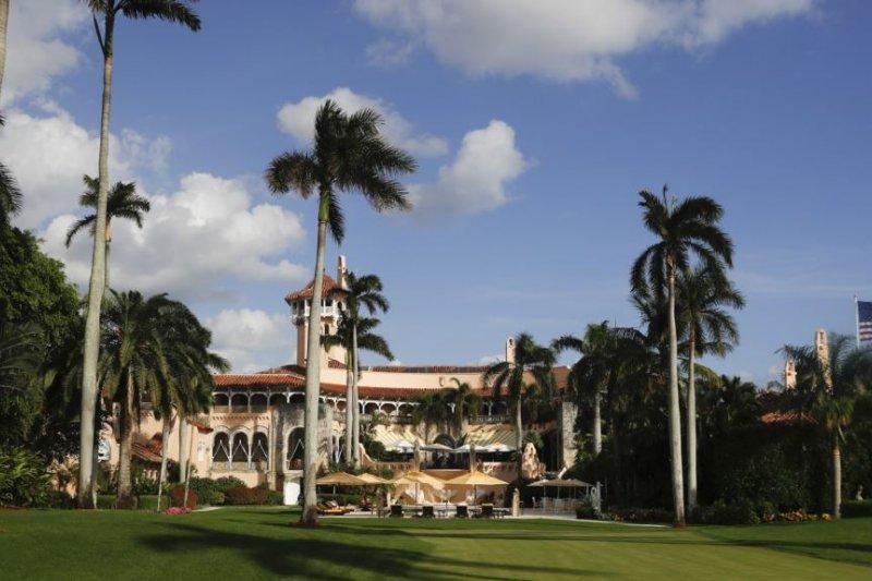 川普總統在佛羅里達州大西洋海濱的豪華別墅馬阿拉歌莊園(Mar-a-Lago)。據說提勒森和習近平將在這裡會晤。